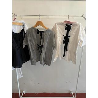 Marni - 最終お値下げ🎀MARNI back ribbon T shirt.
