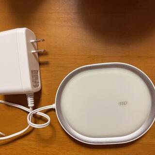 iPhone - au ワイヤレス急速充電パッド