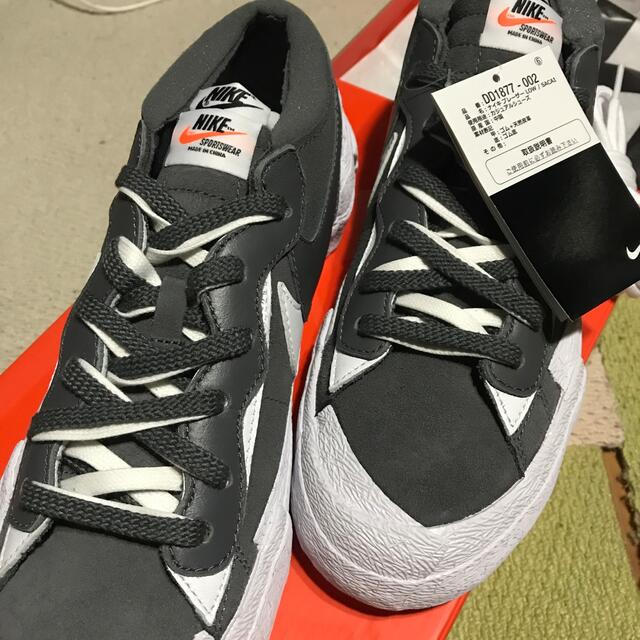 NIKE(ナイキ)のNIKE サカイ ブレイザー メンズの靴/シューズ(スニーカー)の商品写真
