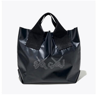 sacai - sacai x KAWS TOKYO FIRST 会場限定 トートバッグ