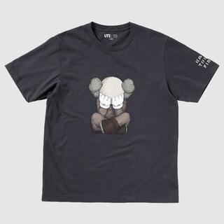 ユニクロ(UNIQLO)の【送料込み★】UNIQLO × KAWS コラボTシャツ 3XL 黒 UT(Tシャツ/カットソー(半袖/袖なし))