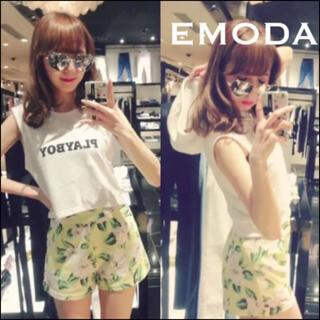 エモダ(EMODA)のEMODA カメリア ショートパンツ*ムルーア リエンダ GYDA マウジー(ショートパンツ)