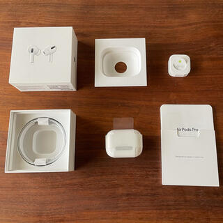 Apple - 【イヤホン新品】正規品 Apple AirPods MMEF2J/A