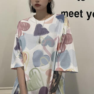 【フォロー割引あり】大き目BIGハート柄Tシャツ FREE 0730