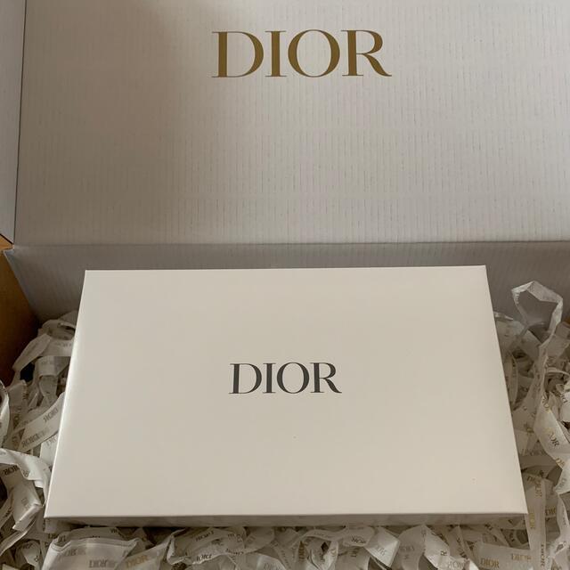 Dior(ディオール)のDior【新品未使用】ノベルティ バニティポーチ レディースのファッション小物(ポーチ)の商品写真