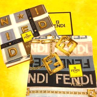 FENDI - 未使用フェンディ ハンカチスカーフ     トレンドカラー2枚セット NICE