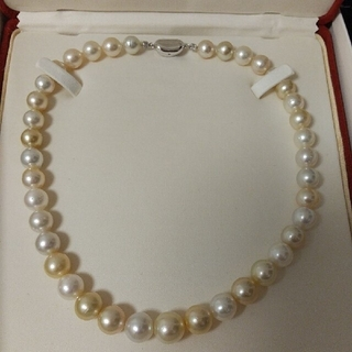 南洋白蝶真珠 マルチカラー(ゴールド&ホワイト)ネックレス