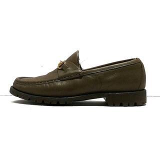 グッチ(Gucci)のグッチ ローファー 35 C レディース カーキ(ローファー/革靴)