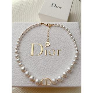 Dior - 大人気❣️ロゴネックレス パール✨