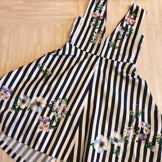 チェスティ(Chesty)のchesty 🌼 花柄 刺繍 ワンピース ボーダー サイズ1(ひざ丈ワンピース)