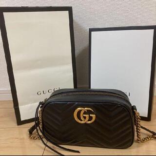 Gucci - 美品 GGマーモント GUCCI ショルダーバッグ キルティングミニバック