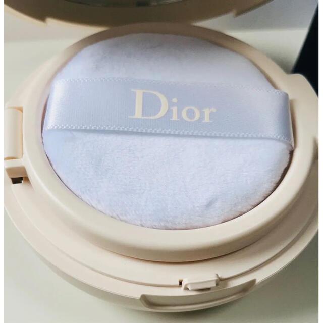 Dior(ディオール)のディオールスキン フォーエヴァー クッション パウダー ラベンダー コスメ/美容のベースメイク/化粧品(フェイスパウダー)の商品写真