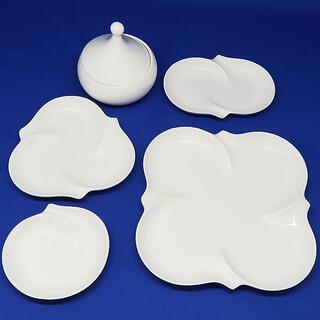 ニッコー(NIKKO)の未使用 NIKKO ニッコー 白 プレート 皿 シュガーポット 計5点 日本製(食器)