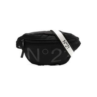 N°21 - 【新品】N°21 ヌメロヴェントゥーノ ロゴ ベルトバッグ ブラック