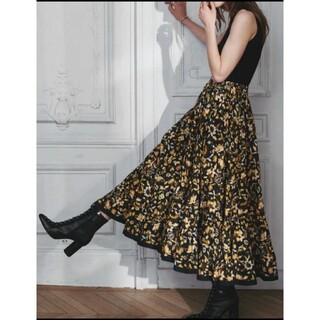 IENA - 人気完売品 MARIHA マリハ 草原の虹のスカート