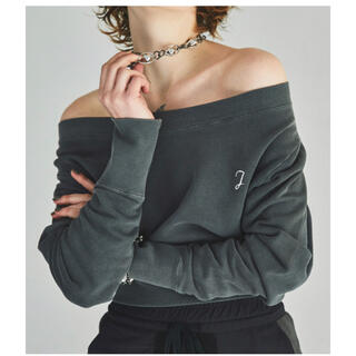 JUEMI New Loose Neck Pigment Dyed Sweat