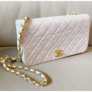 Chanel マトラッセ ミニ ホワイト