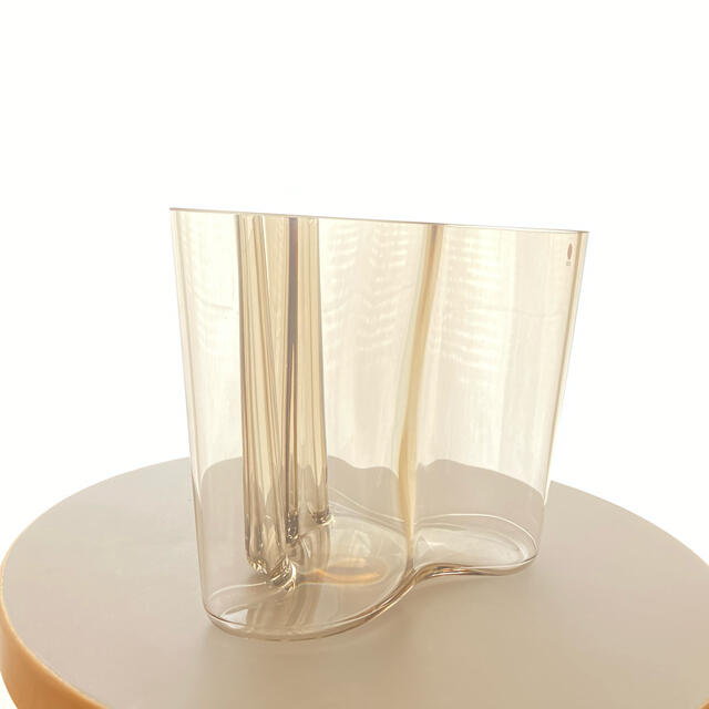 iittala(イッタラ)のアアルト コレクション サボイ ベース 160mm リネン 箱あり インテリア/住まい/日用品のインテリア小物(花瓶)の商品写真