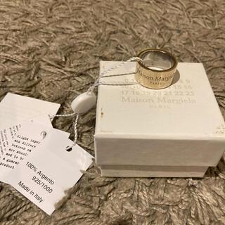 マルタンマルジェラ(Maison Martin Margiela)の21SS メゾン マルジェラ シンプルロゴワイドリングM 金 新作 指輪 メンズ(リング(指輪))