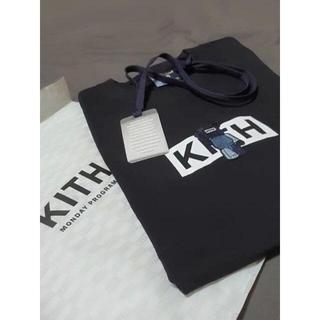 KITH x Bearbrick Tシャツ Lサイズ(Tシャツ/カットソー(半袖/袖なし))