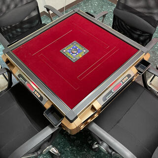 全自動麻雀卓 センチュリーフェニックスCFタイプ 牌は人気のBG牌(麻雀)
