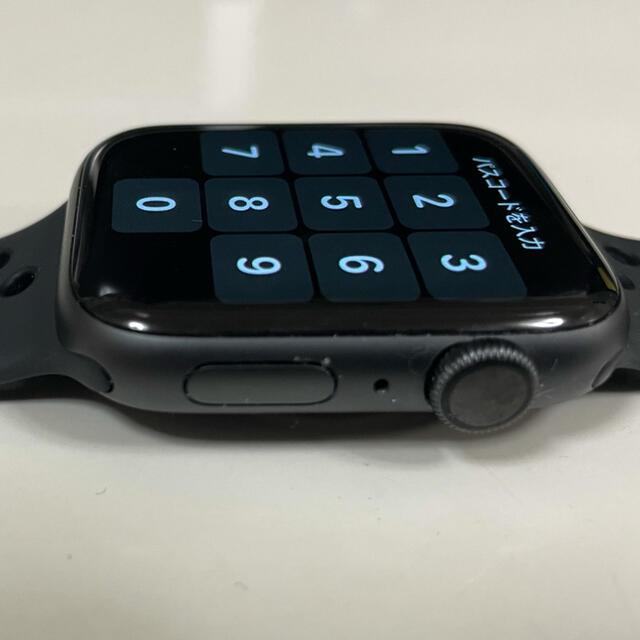 Apple Watch(アップルウォッチ)の【美品】アップルウォッチApple Watch4 44mm GPS ナイキモデル メンズの時計(腕時計(デジタル))の商品写真