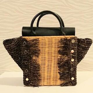 ラウゴア(Laugoa)の美品LAUGOAラフィア異素材かごバッグ定価13,200円ブラック(かごバッグ/ストローバッグ)