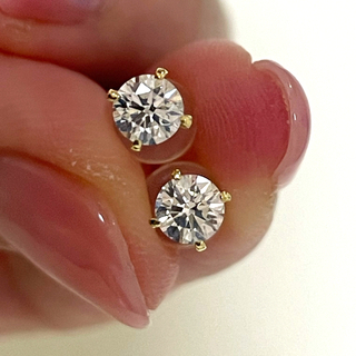 ダイヤモンド 一粒 ピアス 両耳計0.508ct 片耳0.254ct