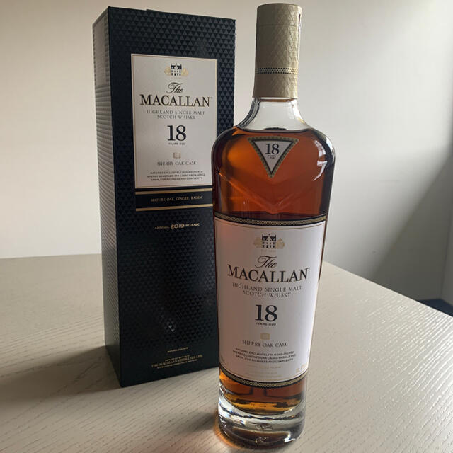サントリー(サントリー)の国内正規品 マッカラン18年 2019 食品/飲料/酒の酒(ウイスキー)の商品写真