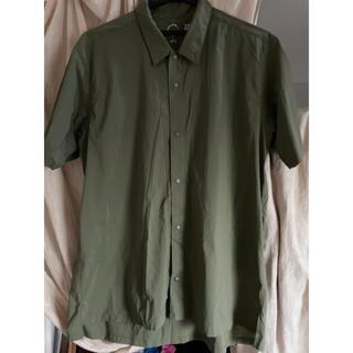 patagonia - 山と道 UL Short Sleeve Shirt-Olive