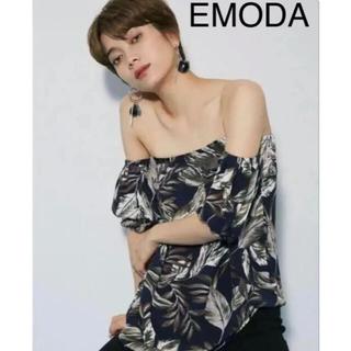 エモダ(EMODA)の美品☆EMODA☆リーフオフショルダーチュニック(チュニック)