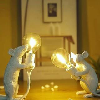 ネズミ テーブルランプ