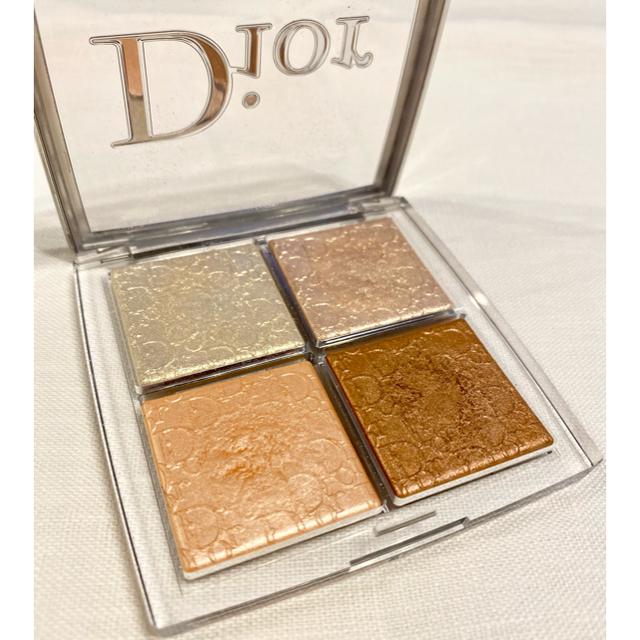 Dior(ディオール)のdior バックステージグロウパレット グリッツ ハイライト パウダー ラメ 艶 コスメ/美容のベースメイク/化粧品(フェイスカラー)の商品写真