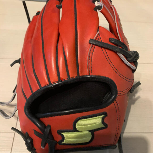 SSK(エスエスケイ)の価格相談ください。楽天 元ロッテ 今江選手 実使用 グラブ スポーツ/アウトドアの野球(グローブ)の商品写真