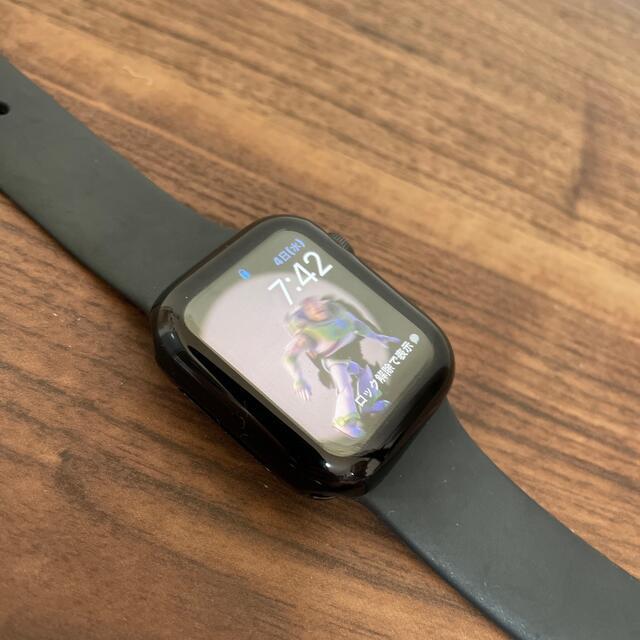 Apple Watch(アップルウォッチ)のApple Watch se 40mm (GPS)スペースグレイ アルミニウム メンズの時計(腕時計(デジタル))の商品写真