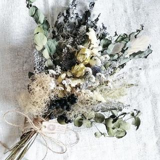 〈 SALE 〉バラとユーカリとスモークツリーのふわふわスワッグ(ドライフラワー)