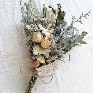 〈 SALE 〉アンティークバラと小花のスワッグ