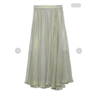 リリーブラウン(Lily Brown)のリリーブラウン 光沢プリーツスカート(ロングスカート)