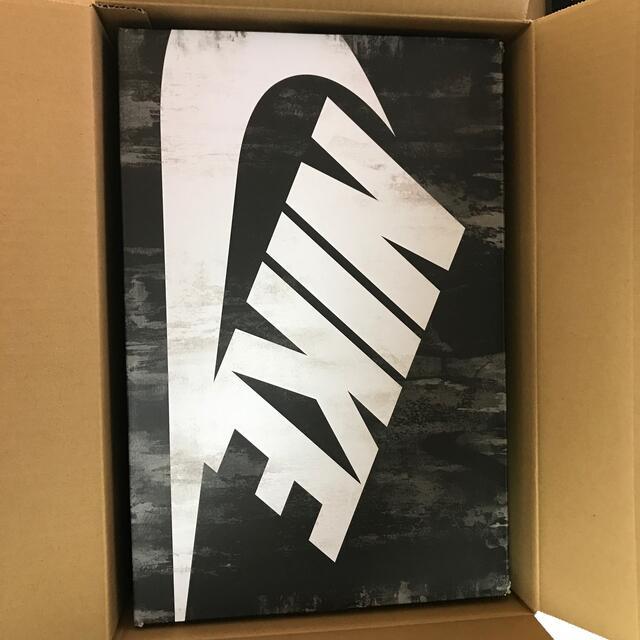 NIKE(ナイキ)のNIKE レディメイド 白 27cm メンズの靴/シューズ(スニーカー)の商品写真