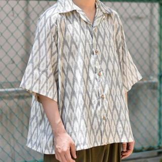 ランチキ(RANTIKI(乱痴気))のBadhiya Open collar ss shirts - ikat (シャツ)