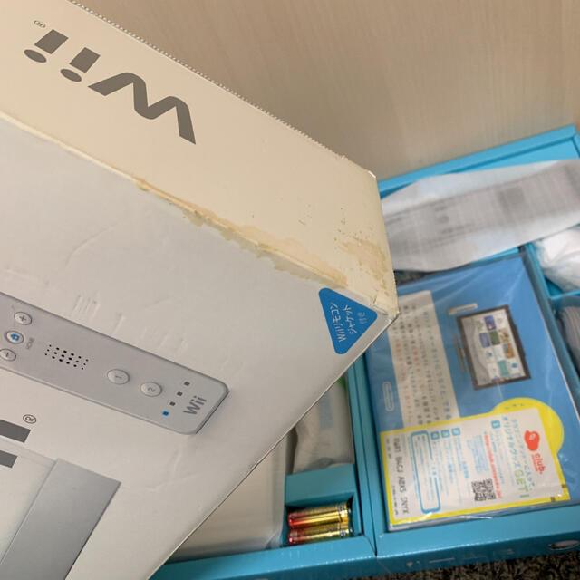 Wii(ウィー)の【新品未開封】Nintendo Wii RVL-S-WD エンタメ/ホビーのゲームソフト/ゲーム機本体(家庭用ゲーム機本体)の商品写真
