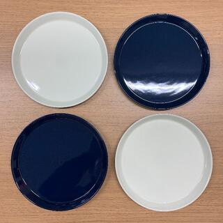 HASAMI - 波佐見焼・食器・Φ220プレート(4枚セット・ホワイト/ネイビー)