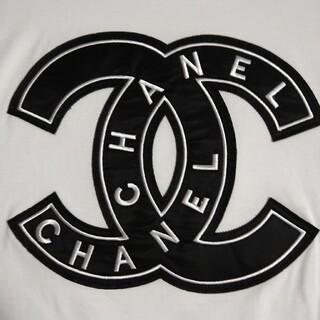 CHANEL - CHANEL ノベルティ Tシャツ