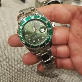 メンズの腕時計です。早い者勝ちです!試着程度の美品、フルコマです。