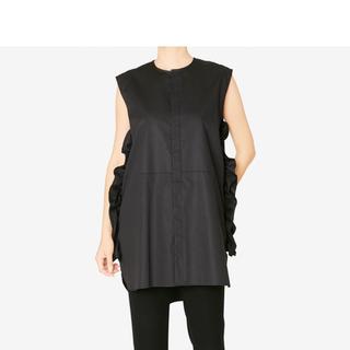 バーニーズニューヨーク(BARNEYS NEW YORK)の完売 YOKO CHAN  ノースリーブ ラッフル シャツ ブラック 36(シャツ/ブラウス(半袖/袖なし))