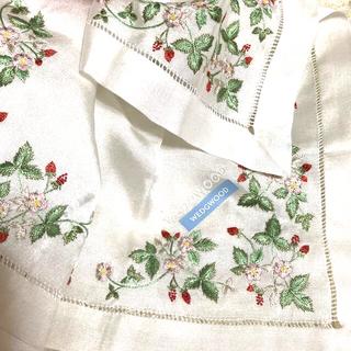 WEDGWOOD - ❤️ウェッジウッド   総刺繍ハンカチ 新品送料無料