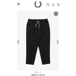 FRED PERRY - FRED PERRY クロップドトラックパンツ