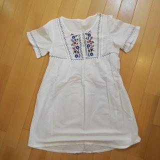 Aライン長め半袖シャツ