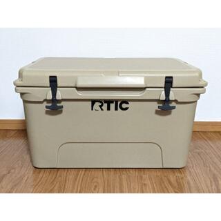 新品・未使用 RTIC 45QT クーラーボックス アウトレット品 タンカラー