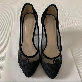 グレースコンチネンタル(GRACE CONTINENTAL)のグレースコンチネンタル パンプス 刺繍 黒 シースルー (ハイヒール/パンプス)